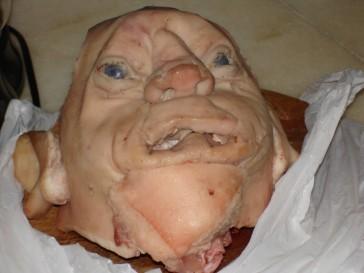 Cabeça de porco, 2005